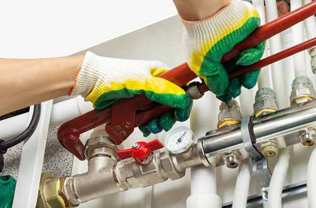 Effectively Choose A Reliable Plumber In Your Area